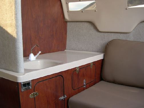MacGregor 26M galley without mirror