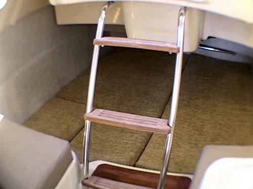 MacGregor 26M aft berth (new version)