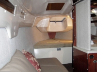 MacGregor 26M interior forward